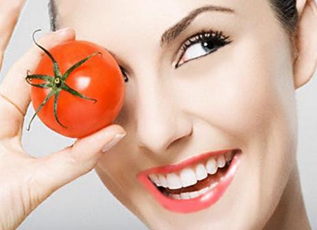 Cara menghilangkan bekas jerawat dengan cepat memakai tomat