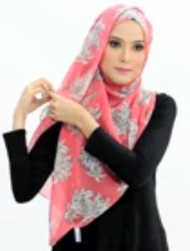 Tutorial Hijab Pasmina Motif Menutup Dada 4.2