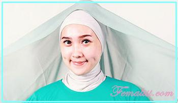 1 - Cara Memakai Jilbab Segi Empat