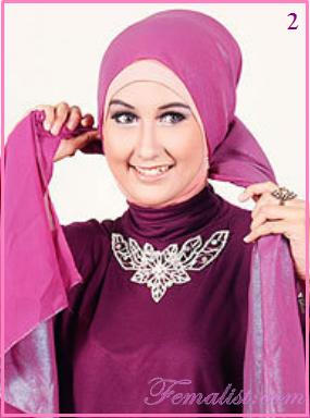 Cara Memakai Jilbab Pasmina Metalik untuk ke Pesta