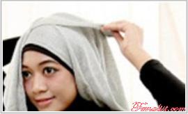 Tutorial Hijab Pasmina Polos dengan Kantong yang Cantik