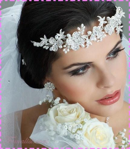 Model Sanggul Pernikahan Terbaru 8