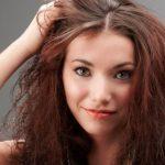 Cara Merawat Rambut Kering dengan 5 langkah