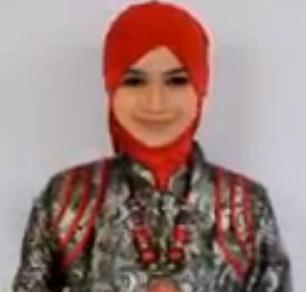 Cara Memakai Hijab Pasmina untuk ke Pesta Terbaru Simpel 1