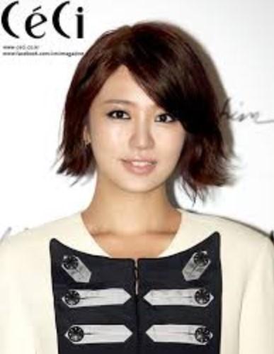 Gaya Rambut Bob Model Korea Terkenal 3 - Yoon Eun Hye Bob Pendek Layer
