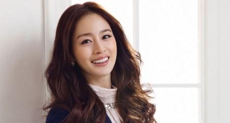Model Rambut Panjang ala Artis Korea Terbaru 1 - Rambut Panjang untuk Rambut Tipis ala Kim Tae Hee