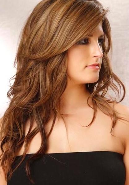 Model Rambut Panjang untuk Wajah Bulat 7