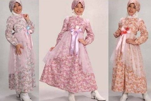 Tips Oke Memilih Baju Muslim Anak 1 - BUnga- Bunga warna kalem