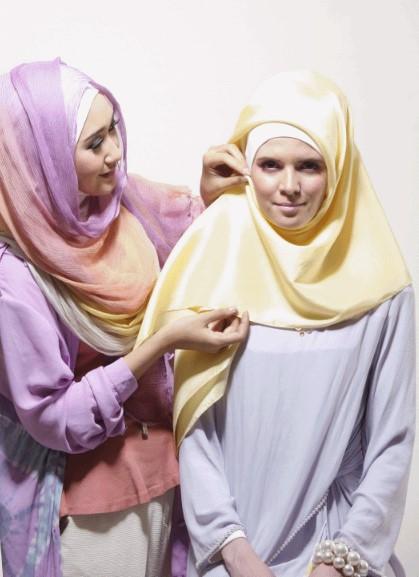 Tutorial Hijab Segiempat ala Dian Pelangi 3 - Langkah dan Step Ketiga