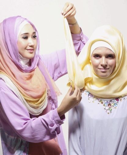 Tutorial Hijab Segiempat ala Dian pelangi 6 - Langkah Keenam