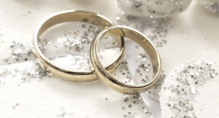 gambar foto model cincin tunangan 1 - Pasangan Simpel