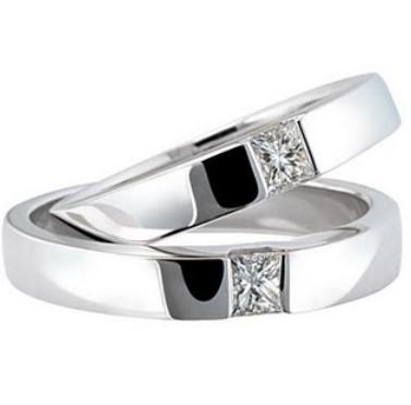 gambar foto model cincin tunangan 5 - Emas putih batu hitam dan diamond cantik