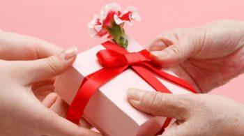 Cara Memilih Kado Valentine Buat Pasangan