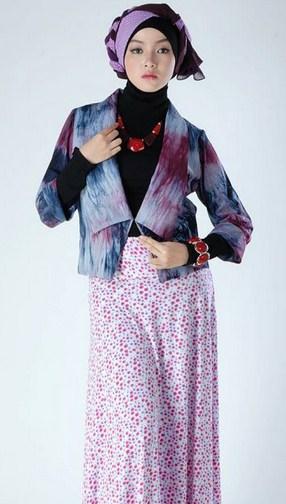 Baju Muslim Trendy untuk Anak Muda Terkini 6 - Bunga-Bunga dan Model Hijab