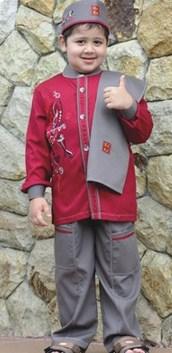 Contoh Baju Muslim Anak Keren Model Terbaru 2021 8 - Warna Merah Marun Kombinasi Abu Tua