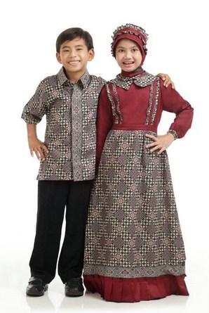 Contoh Model Baju Batik Muslim Anak Terbaru dan Terbaik 5 - Anak Lelaki dan Perempuan
