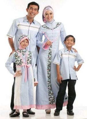 Contoh Model Baju Batik Muslim Anak Terbaru dan Terbaik 6 - Sekeluarga Lelaki dan Perempuan