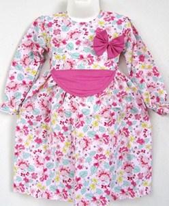 Contoh Model Baju Batik Muslim Anak Terbaru dan Terbaik 8 - Warna Putih Kombinasi Pink Anak Kecil
