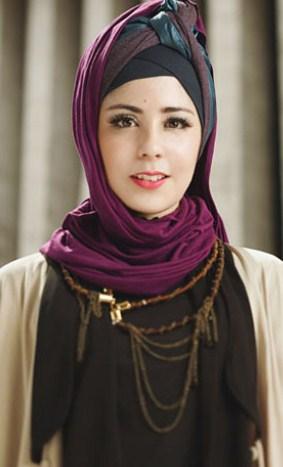 Contoh Model Baju Muslim Artis Risty Tagor 10 - Model jilbab ala Risty Tagor