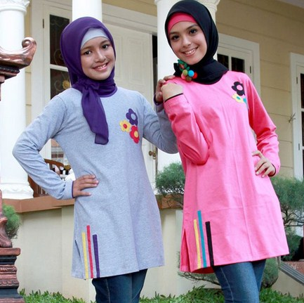 Contoh Model Kaos Muslim Remaja Trendy Terbaru 2 - Aplikasi Bunga dan Garis