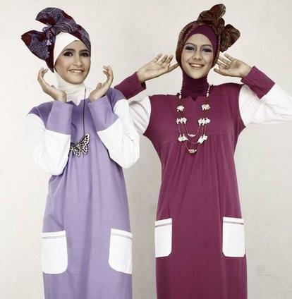 Contoh Model Kaos Muslim Remaja Trendy Terbaru 7 - Gamis Bahan Kaos dengan Model Jilbab Lucu