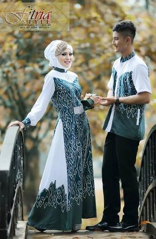 Contoh Model Baju Muslim Couple Populer 2015 5 - Putih Kombinasi Batik Gaun yang Cantik