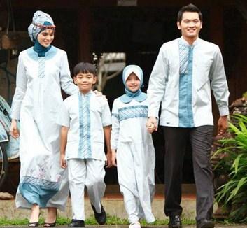 Model Baju Keluarga Muslim Couple Terbaru 14 - Gaun Busana Family Masa sekarang