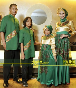 Model Baju Keluarga Muslim Couple Terbaru 8 - Party Dress buat Family Warna Emas Kombinasi Hijau