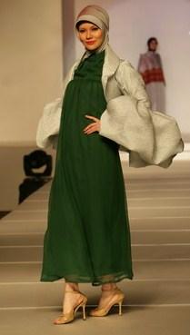 Model Desain Baju Hamil Muslim Buat Lebaran 1 - Pake Blazer