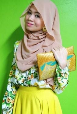 Tutorial Hijab Segi Empat Formal untuk ke Kantor 3 - Hijab Modern Padu Padan