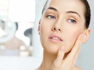 5 cara menghilangkan bopeng wajah dengan bahan-bahan herbal