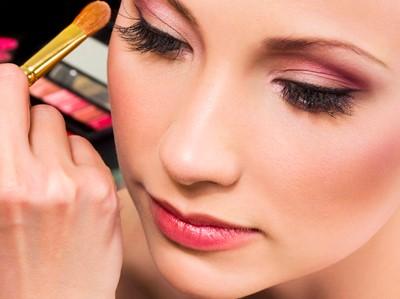 5 Tips Jitu Make Up Wajah untuk Tampil Cantik Maksimal