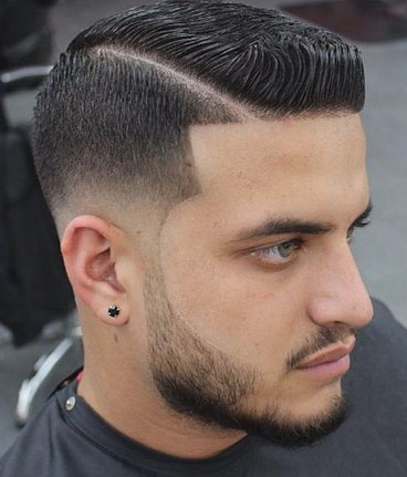 Pilihan Hairstyle Pria dengan Gel untuk Tampil Cool 2 - Side line hairstyle