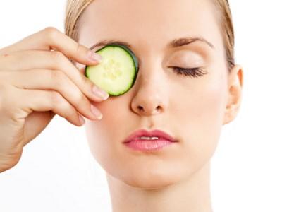 Ini 5 tips untuk mengatasi mata bengkak dengan bahan-bahan herbal
