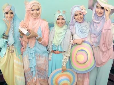 Desain Busana Hijab Modern buat Fashionable Hijabers
